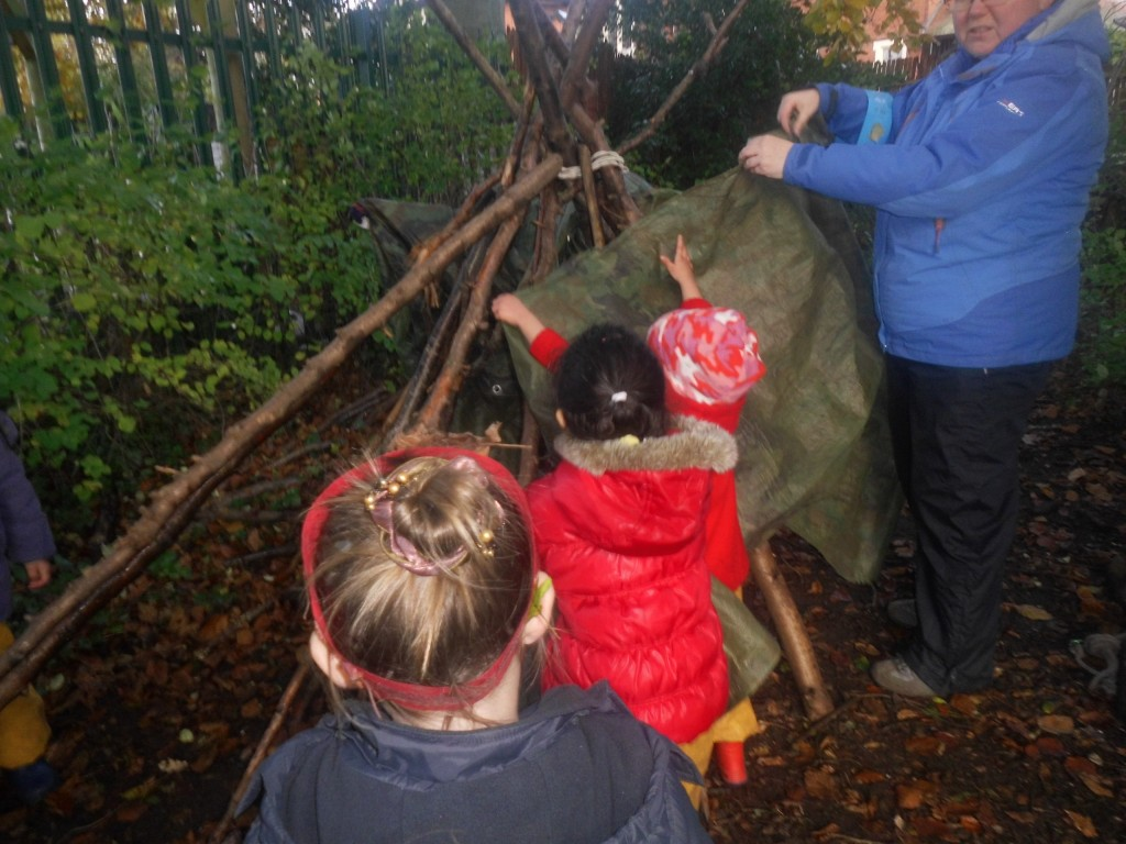 forest school building a den